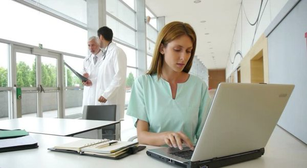 Benefits of Utilizing Electronic Medical Records in a Healthcare Facility
